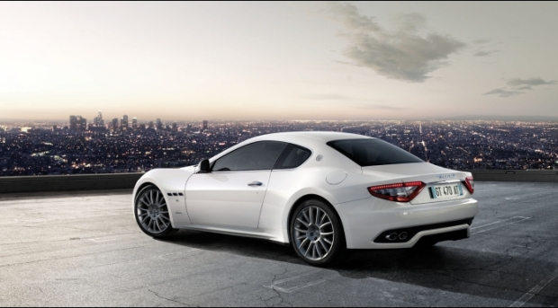 grand turismo s matic back